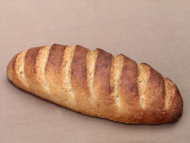 ライ麦パン 520円